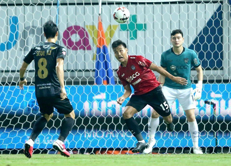 Đặng Văn Lâm chứng minh được tài năng ở Thai League 2019. Ảnh: Fanpage đội bóng.