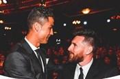 """Ảnh chế: Messi gọi Ronaldo là """"cỗ máy ghi bàn"""", Mbappe được đàn anh ca ngợi"""