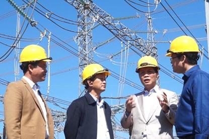 Ưu tiên phát triển năng lượng tái tạo trước nguy cơ thiếu điện