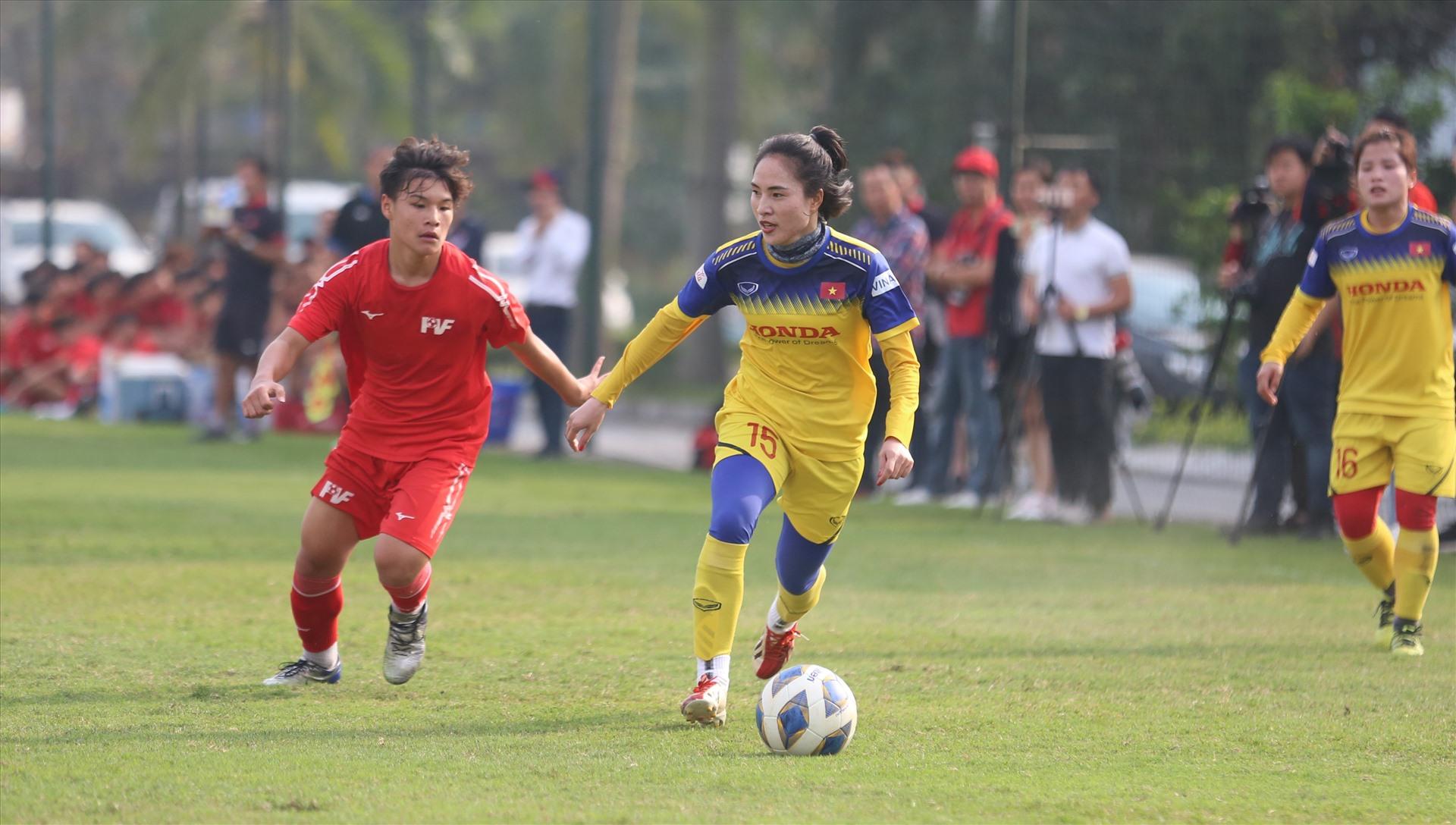 Tuyển nữ Việt Nam sẽ có thêm 2 trận giao hữu nữa chuẩn bị cho trận play-off gặp đội tuyển Úc. Ảnh: HOÀI THU
