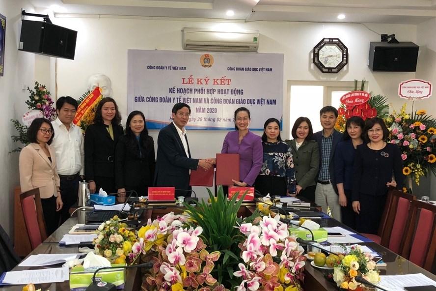 Chủ tịch Công đoàn Y tế Việt Nam và Chủ tịch Công đoàn Giáo dục Việt Nam ký kế hoạch phối hợp hoạt động năm 2020.