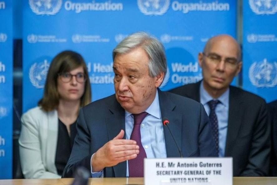 Tổng Thư ký Liên Hiệp Quốc Antonio Guterres thông báo cho nhân viên làm việc ở nhà ít nhất 3 tuần nếu không cần thiết đến văn phòng. Ảnh: AFP
