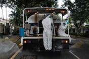 Malaysia triển khai phun khử trùng trên toàn quốc để kiềm chế dịch COVID-19