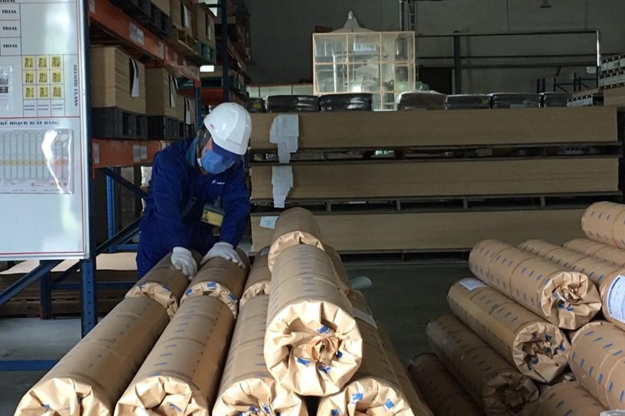 Công nhân lao động tại khu kinh tế Hải Phòng. Ảnh: T.E.A