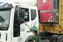 Hàng xuất khẩu sang Trung Quốc vẫn còn gặp khó