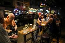 Hong Kong phạt tiền, kết án tù nếu không tuân lệnh phòng chống COVID-19