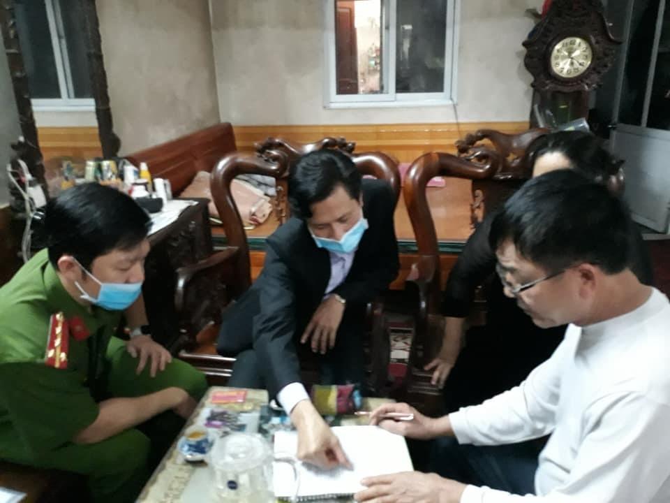 Tối 8.4, LĐLĐ huyện Thủy Nguyên vận động 5 chủ nhà trọ trên địa bàn, giảm giá thuê phòng cho 212 công nhân.