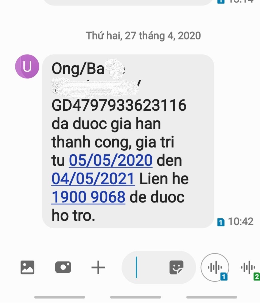 Tin nhắn việc gia hạn thẻ BHYT thành công thông qua việc người dân nạp tiền vào tài khoản ngân hàng để gia hạn thẻ BHYT. Ảnh Nam Dương