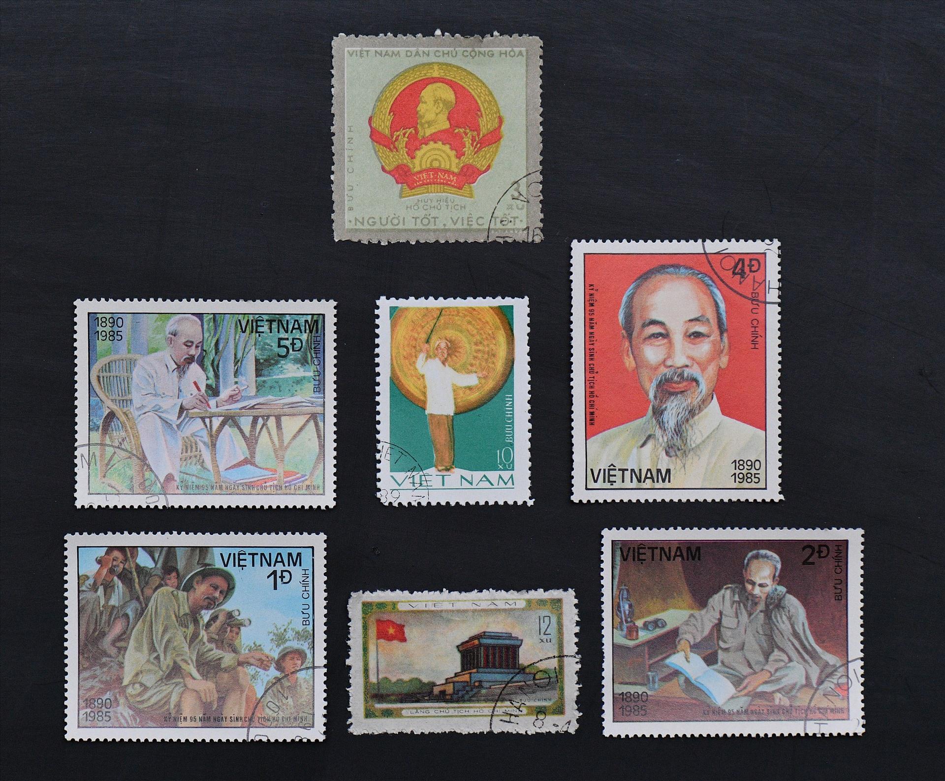 Hình ảnh Bác trong bộ tem bưu chính Việt Nam.