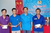 An Giang: Trao quyết định thành lập CĐCS doanh nghiệp trong Tháng Công nhân