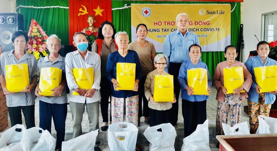 Bến Tre là một trong các địa phương nhận được quà tặng từ Sun Life Việt Nam trong đợt trao quà này.