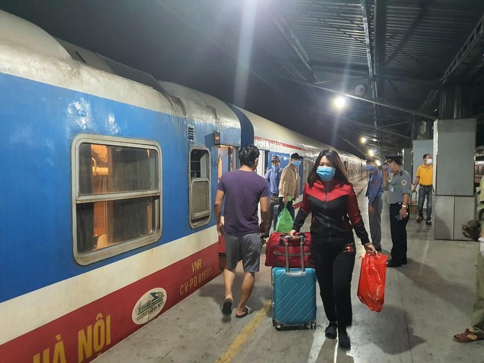 Công ty Đường sắt Sài Gòn giảm 50% cho hơn 4.600 vé cho khách đi tàu từ 22.6 - 8.7. Ảnh: Anh Tú