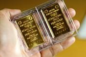 Quay đầu tăng mạnh, giá vàng lấy lại 560 nghìn đồng
