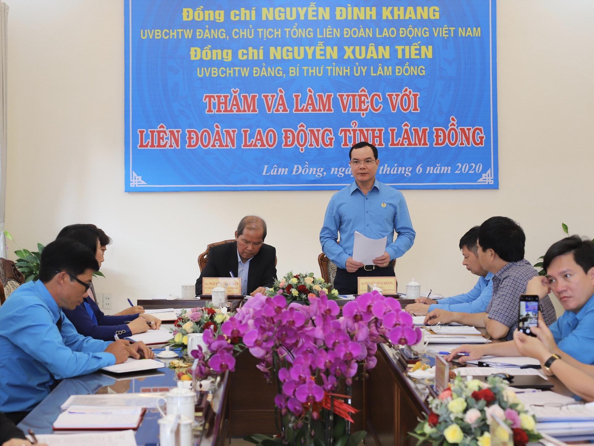 Toàn cảnh buổi làm việc tại LĐLĐ tỉnh Lâm Đồng. Ảnh: Hữu Long
