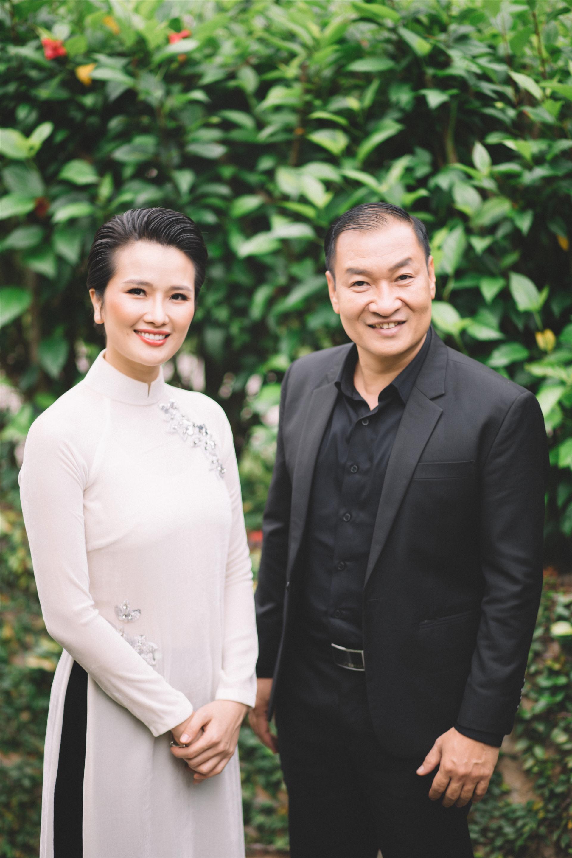 Cao Thùy Duowgn mời thầy - TS. Nguyễn Hà Bằng