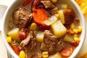 Cách làm bò nấu sốt vang thơm ngon cho bữa ăn cuối tuần