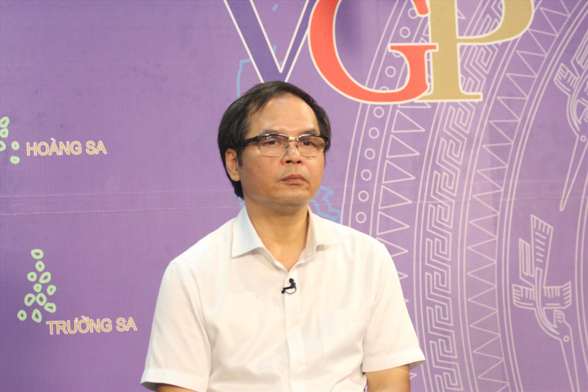 Ông Tô Hoài Nam - Phó Chủ tịch Thường trực kiêm Tổng Thư ký hiệp hội Doanh nghiệp nhỏ và vừa Việt Nam. T.Vương