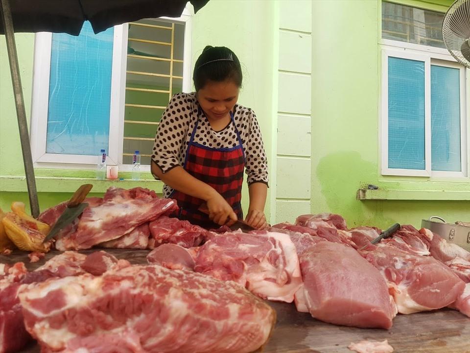 Giá thịt lợn không tăng dù dịch COVID-19 diễn biến phức tạp