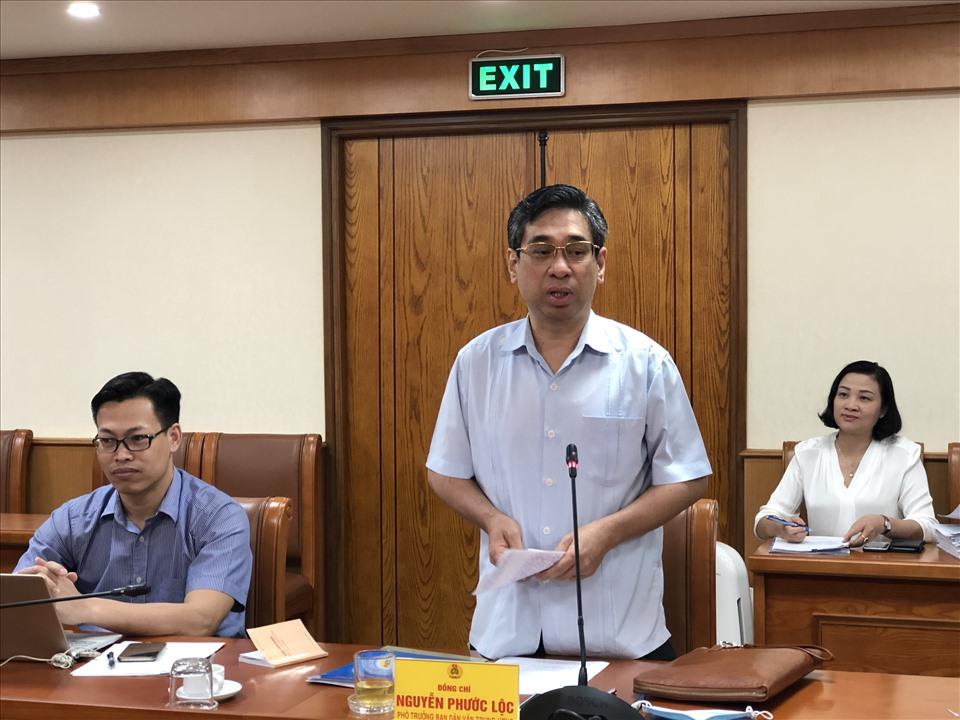 Đồng chí Nguyễn Phước Lộc – Phó Trưởng ban Dân vận Trung ương - phát biểu tại buổi làm việc. Ảnh: Bảo Hân.