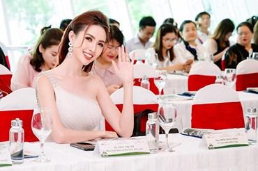 Hoa hậu Đại sứ Du lịch Thế giới 2018 Phan Thị Mơ. Ảnh: Tiến Phạm