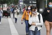 Giới khoa học nói WHO đánh giá thấp nguy cơ COVID-19 lây qua không khí