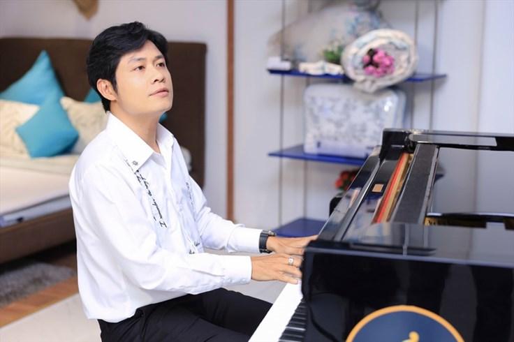 """Nhạc sĩ Nguyễn Văn Chung: """"Ai cũng cần 1 liều thuốc chữa lành vết thương"""""""