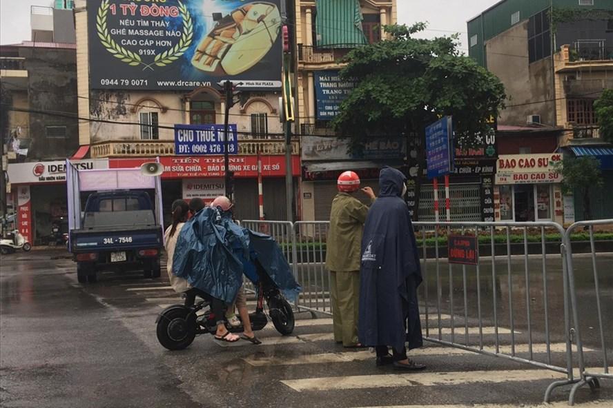 Khu phố Ngô Quyền (Hải Dương) bị cách ly nghiêm ngặt sau khi Nhà hàng Thế giới bò tươi phát hiện nhiều người dương tính với COVID-19, ảnh BT