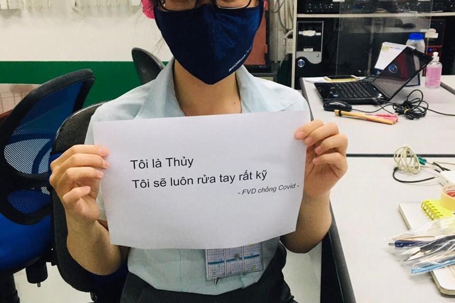 Slogan phòng chống dịch độc lạ của Công ty TNHH Điện tử Foster Đà Nẵng. Ảnh: Bùi Minh Vũ