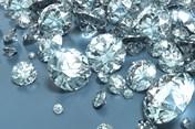 Nga: Nhà sản xuất kim cương lớn nhất thế giới đại hạ giá