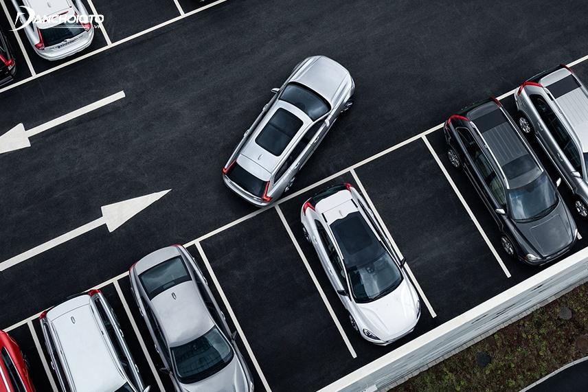 Kinh nghiệm đánh lái khi lùi xe ôtô chính xác và an toàn - xs thứ hai