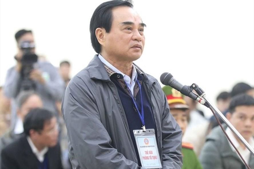 Bị cáo Văn Hữu Chiến - cựu Chủ tịch Đà Nẵng tại phiên tòa sơ thẩm. Ảnh: TTXVN.