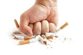 Bảo vệ thanh thiếu niên khỏi sự tấn công của thuốc lá