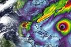 Mùa bão 2020 nghiêm trọng: 17 cơn bão đang diễn ra cùng lúc trên thế giới