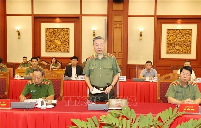 Đại tướng Tô Lâm, Ủy viên Bộ Chính trị, Bí thư Đảng ủy Công an Trung ương, Bộ trưởng Bộ Công an phát biểu tại buổi làm việc. Ảnh: Trí Dũng/TTXVN
