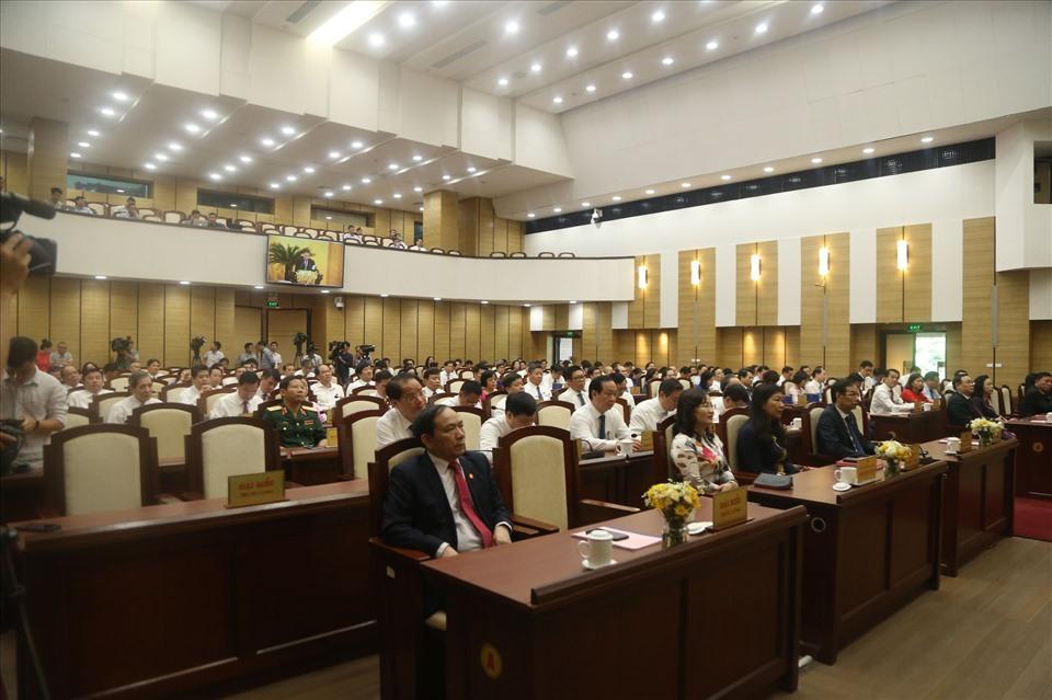 Các đại biểu tham dự kỳ họp sáng 25.9. Ảnh: Q. Hùng
