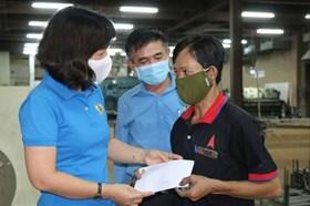 Điều kiện người lao động phải tạm nghỉ việc không lương được nhận hỗ trợ
