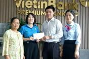 Bắc Giang: Trao tiền tiết kiệm cho con đoàn viên mồ côi cha mẹ
