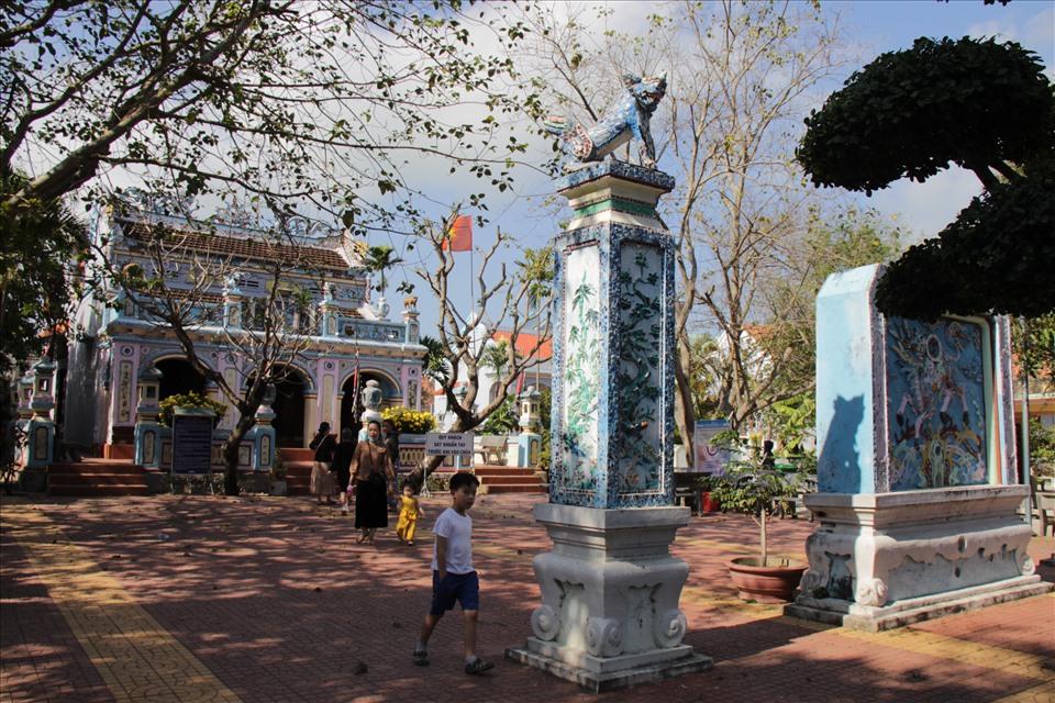 Di tích lịch sử Chùa Bà nơi diễn ra lễ hội Đô thị Nước Mặn. Ảnh: T.X