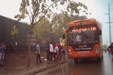 """Phóng sự ảnh: Nhức nhối """"bến cóc, xe dù"""" ở Thủ đô Hà Nội"""