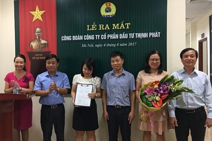 Lễ ra mắt CĐ Cty CP Đầu tư Thịnh Phát. Ảnh: CĐ Xây dựng Hà Nội