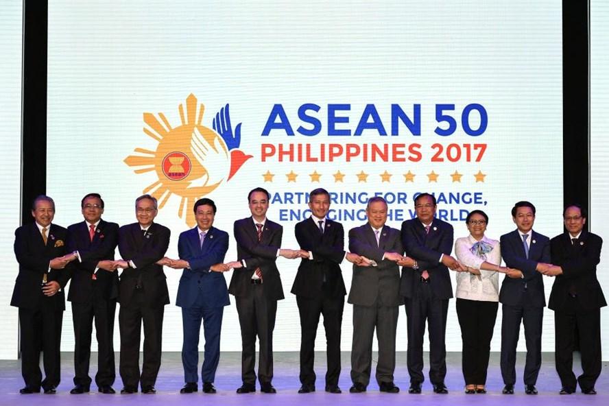 Các Ngoại trưởng tại lễ khai mạc Hội nghị AMM lần thứ 50 ở Manila (Philippines) ngày 5.8. Ảnh: Reuters