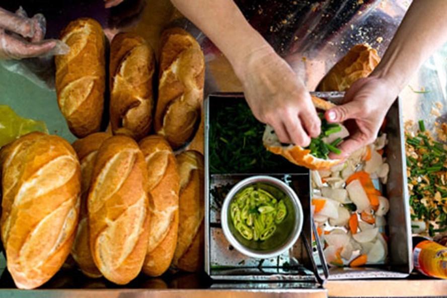 Những chiếc bánh của tiệm Hòa Mã. Ảnh: Vinh Dao