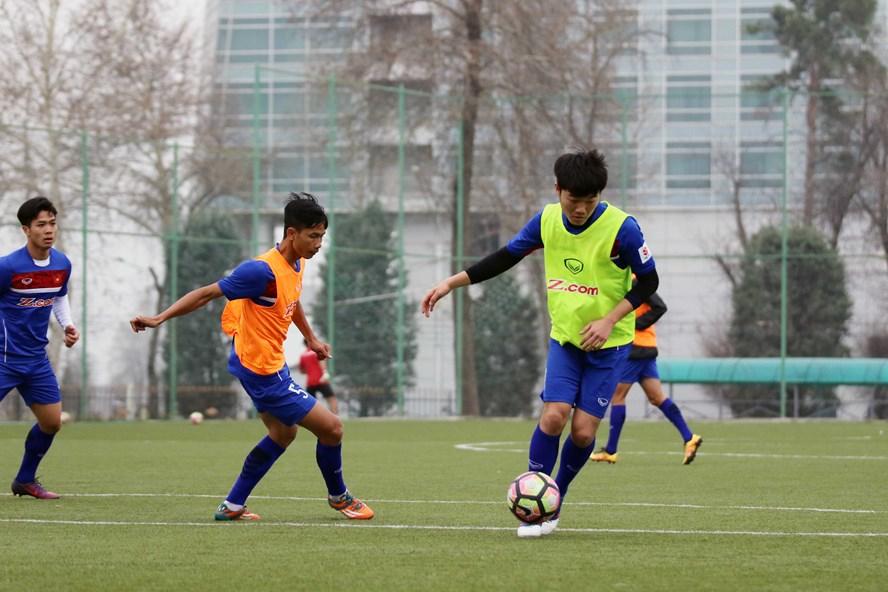 Xuân Trường (phải) là nhân tố chìa khóa trong chiến dịch SEA Games 2017 của U22 Việt Nam. Ảnh: H.A