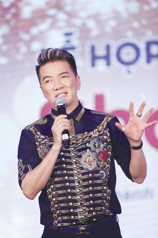 """Ca sĩ Đàm Vĩnh Hưng """"thất bại"""" trong cuộc đua giải thưởng MTV."""