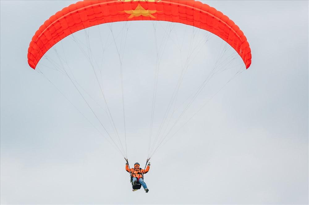 Giải đấu do Tổng cục Thể dục thể thao chủ trì, Sở Văn Hóa Thể Thao thành phố Hà Nội, CLB Dù lượn Hà Nội và CLB dù lượn Vietwings Hà Nội phối hợp tổ chức lần đầu tiên trên địa bàn thủ đô Hà Nội.