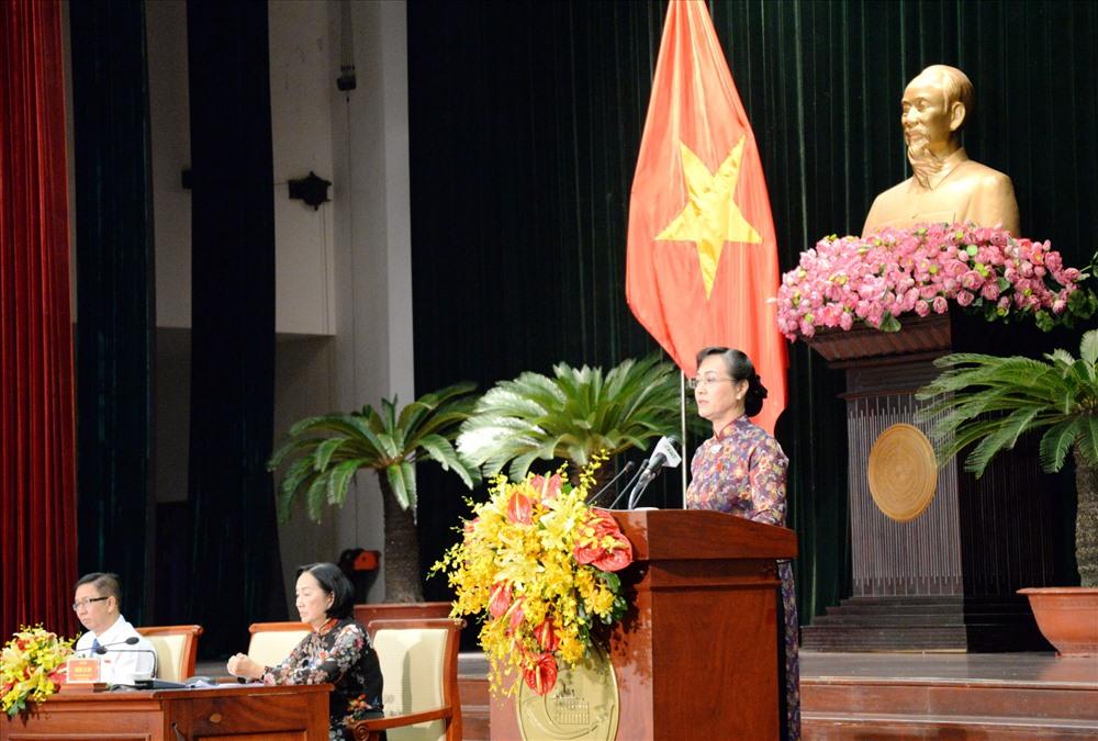 Chủ tịch HĐND TPHCM Nguyễn Thị Quyết Tâm phát biểu bế mạc kỳ họp thứ 6 HĐND khóa IX.  Ảnh: H.K