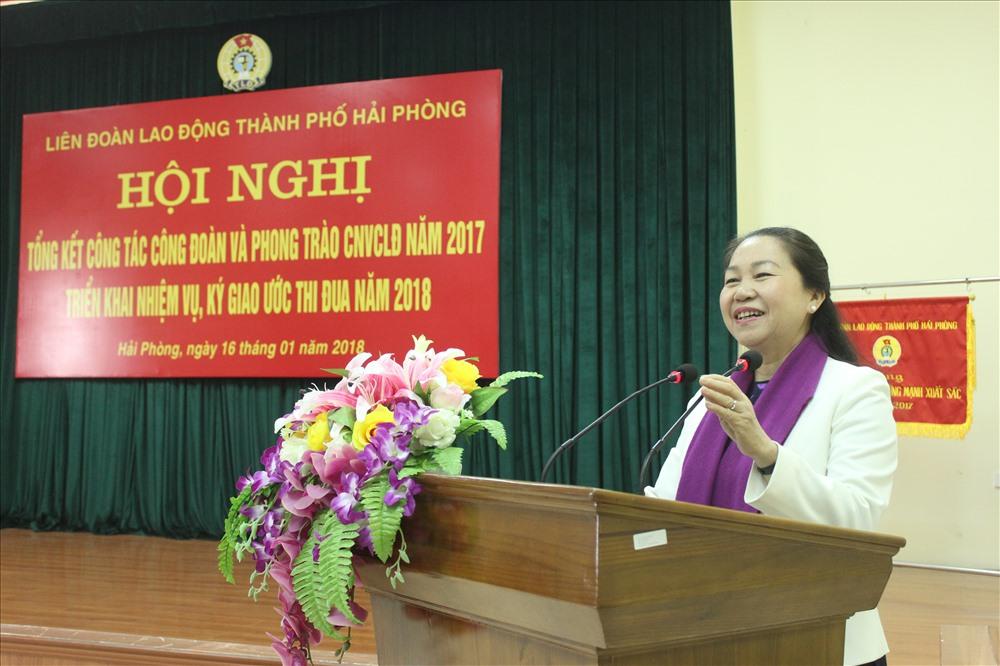 Bà Nguyễn Thị Thu Hồng – Phó Chủ tịch Tổng LĐLĐ Việt Nam phát biểu tại chương trình. Ảnh: Trần Vương