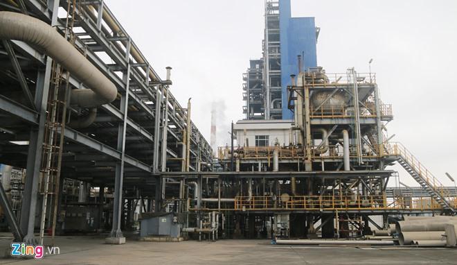 Một góc Nhà máy đạm Ninh Bình, một trong 12 dự án yếu kém. Ảnh: Hiếu Công.