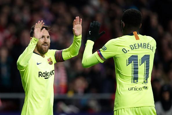 Messi và Dembele phối hợp gỡ hòa cho Barca ở những phút cuối cùng (Ảnh: Getty)