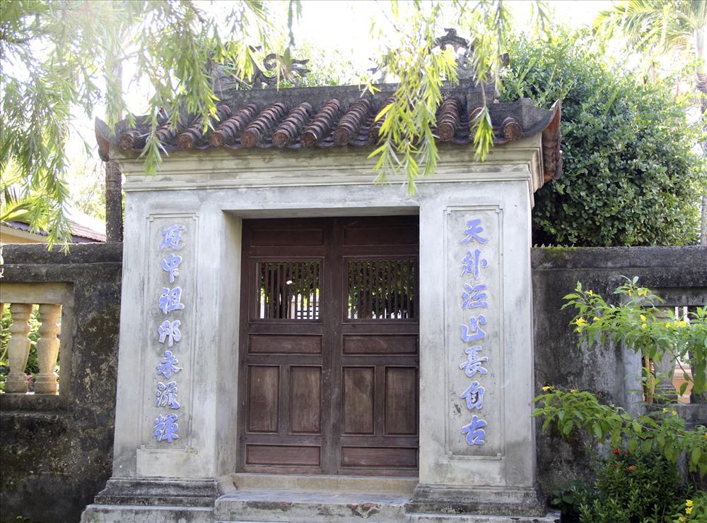 Hiện chùa còn lưu giữ quần thể kiến trúc rất độc đáo.